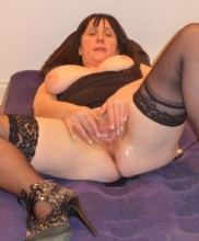 grosse cougar toulon escort